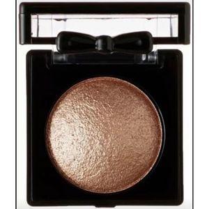 💐3/$15 NYX Baked Eye Shadow Carmella BSH25